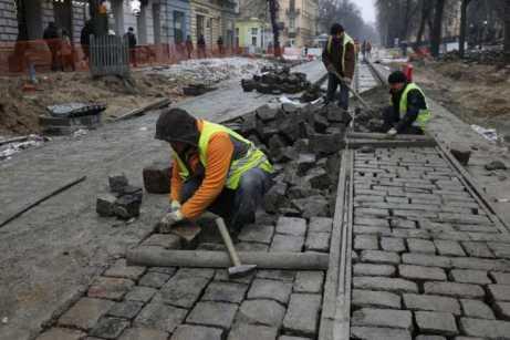 У Львові триває реконструкція вулиці Степана Бандери, фото ЛМР