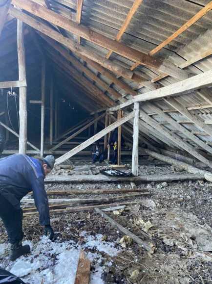 У Підлісецькому ЗЗСО І-ІІ ступенів завалилася частина покрівлі, фото Мостиська міська рада