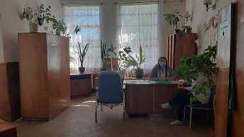 Медикам однієї із лікарень на Львівщині не виплачують зарплати із березня