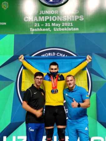 19-річний жидачівський важкоатлет Богдан Гоза виборов 3 медалі на чемпіонаті світу