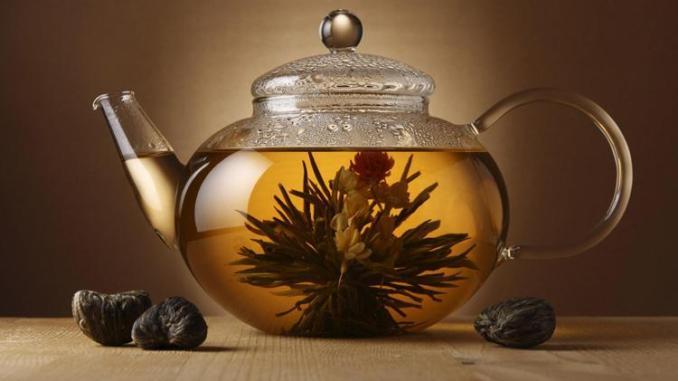 Zayıflatan Bitki Çayı Evde Nasıl Yapılır?