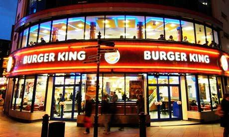 burger-king-elemani-musteriye-hakaret-etti