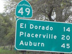 Vuoden 1849 kultaryntäyksen muistot tulvivat esiin kaikkialla reitin 49 varrella.