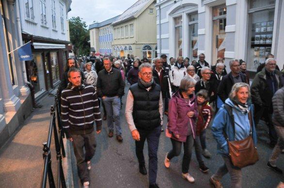 Foto - Per Eckholdt, KV 24NYHKittelsen vandreteater mange_01-01-DSC_7597