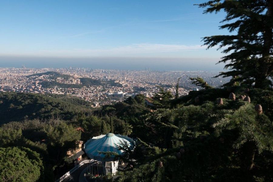 Vergnügungspark am Tibidabo und Barcelona
