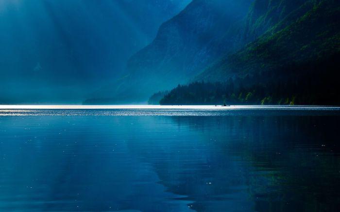 Легкая дымка. Озеро Бохинь.