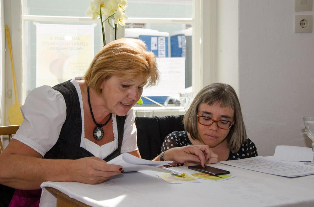 Rückblick: »Weiteres Heiteres – Wort-Malerei« mit Sandra Hermann und Brigitte Woletz