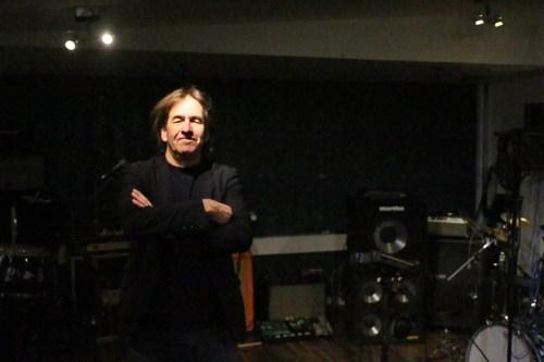 Magnus Johansson samlar sina Sånger