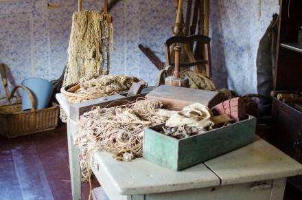 Handwerkszeug eines Fischers im Handwerker- und Fischerhauses aus Drage im Freilichtmuseum am Kiekeberg (Foto: Wera Wecker)