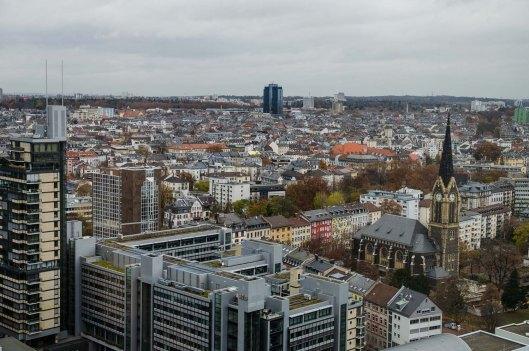 Frankfurt von oben aus dem Jumeirah Hotel