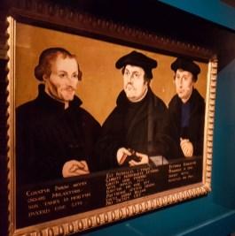 Die vermutlich bekanntesten Herren der Reformation: Philipp Melanchton, Martin Luther und Johannes Bugenhagen. (Sonderausstellung im Braunschweigischen Landesmuseum)