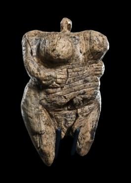 Venus vom Hohle FelsMammut-Elfenbein, ca. 40.000-35.000 Jahre alt© Urgeschichtliches Museum Blaubeuren, Foto: Johannes Wiedmann
