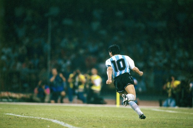 Sport / Sports, soccer, football, World Cup 1990, final round, semifinal, Italy against Argentina, (4:5) in Naples, Italy, 3.7.1