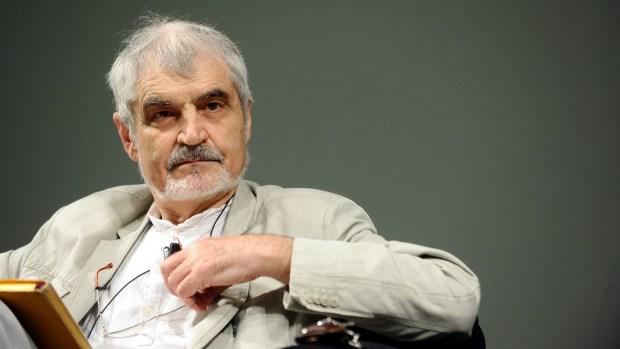 Serge_Latouche_-_Festival_Economia_2012