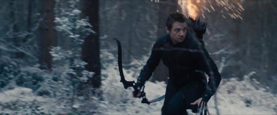 Avengers-Age-of-Ultron-Trailer-1-Hawkeye-in-Snow