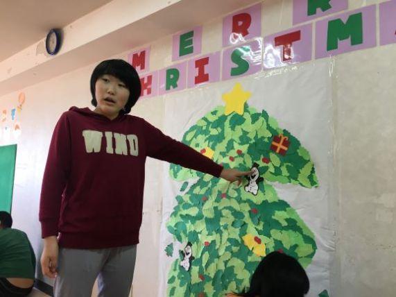 壁のツリー4