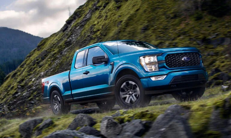 It's a workhorse with style that's got pedigree. 2021 Ford F 150 Vs Ram 1500 Interior Specs Tech