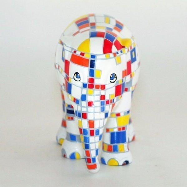elephant-parade-victory-for-mondrian3-2