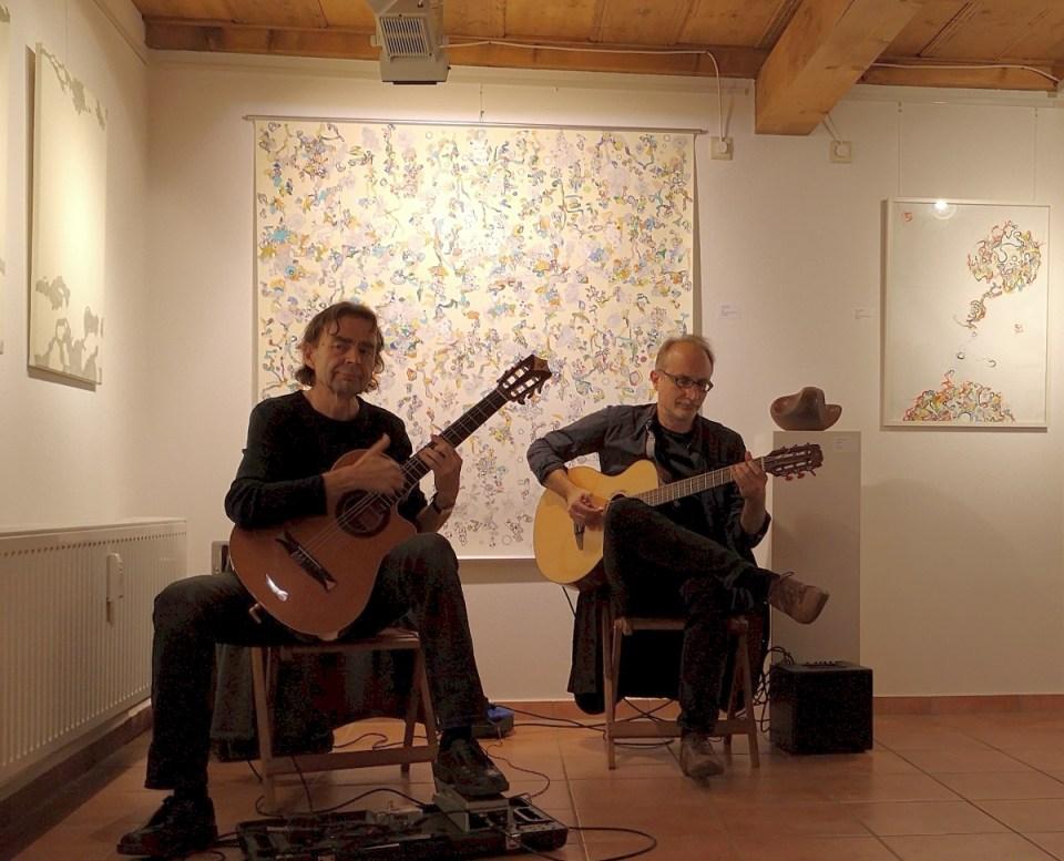 KunstGalerieHans - Das Andere im Gleichen - Musiker zur Vernissage