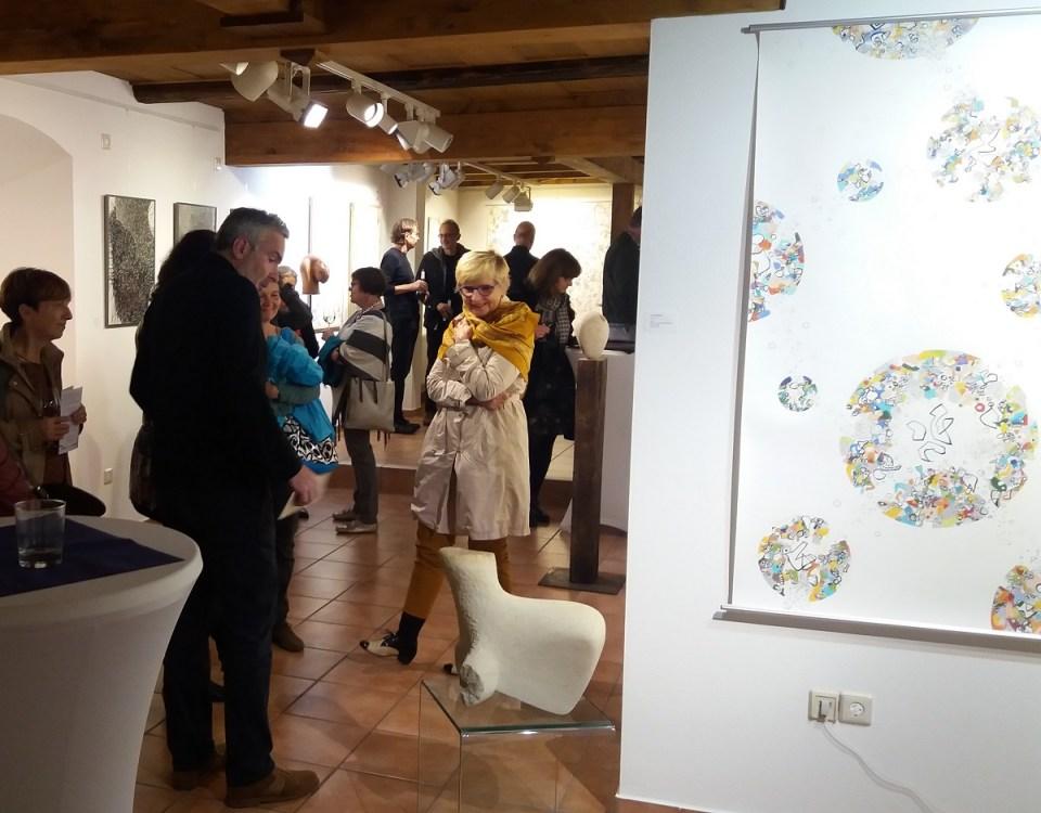 KunstGalerieHans - Das Andere im Gleichen - Vernissagebesucher im Gespräch mit Reinhard Pontius
