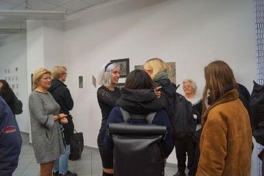 Gute Gespräche gehörten mit zur Ausstellung