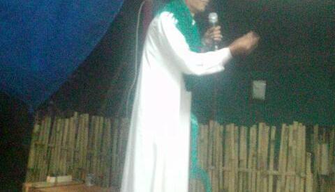 Kyai Acoy mengisi siraman rohani pad acara tabligh akbar peringatan 17 Agustus di desa Sukaluyu, Kab. Bogor (dok. KM)