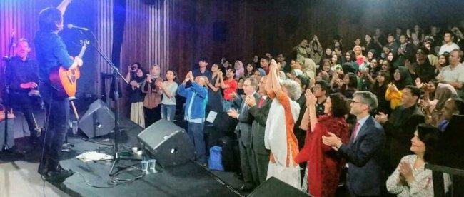 Penampilan musisi dari Swiss, Marc Aimon pada Pembukaan Pekan Bahasa Perancis di Auditorium Institute Francais Indonesia (IFI), Jl. MH. Thamrin No. 20 Jakarta Pusat, Senin, 18/3/2019