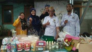 Gelar Bazar Ramadhan BAZNAS di Desa Jabon Mekar, Parung, Rabu 8/5/2019 (dok. KM)