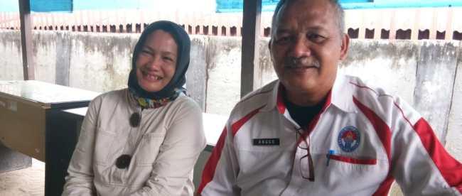 Kepala Dinas Pariwisata Kota Pangkalpinang, Anggo Rudi, yang didampingi oleh stafnya (dok. KM)