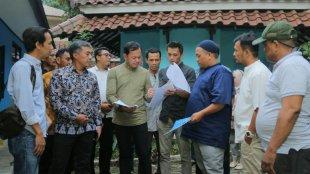 Walikota Bogor bersama Ketua PWI Kota Bogor beserta jajaran pengurus saat meninjau Musala An-Naba, Jumat 19/7/2019 (dok. KM)