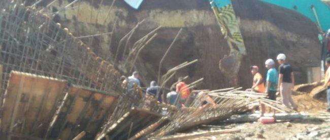 Kondisi di lokasi proyek double track PT KAI di Cigombong, Kabupaten Bogor, setelah bencana longsor pada Sabtu 16/11/2019 (dok. KM)