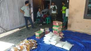Sumbangan paket sembako dari donatur yang akan dibagikan pada warga Pangkalpinang oleh KOMPAK BABEL, Sabtu 23/5/2020 (dok. KM)