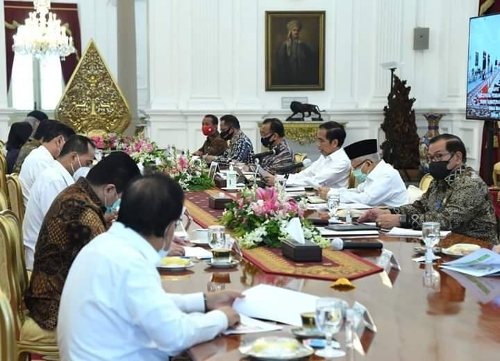Jokowi rapat kabinet 7/7
