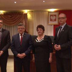 Rada Miejska wybrała wiceprzewodniczących i uchwaliła wynagrodzenie burmistrza…