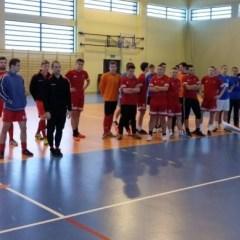 Rozegrano Halowy Turniej Piłki Nożnej  z okazji Jubileuszu X-lecia GKS Dąbrówka
