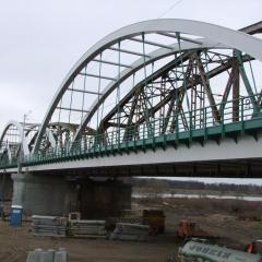 Nowoczesny most kolejowy na Bugu w Małkini Górnej