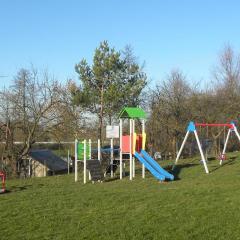 Nowe place zabaw dla dzieci oraz miejsce rekreacji dla mieszkańców w gminie Zaręby Kościelne