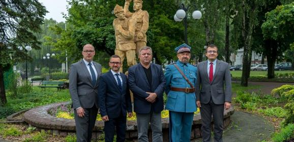 """5 lipca rozpoczyna się Plener Rzeźbiarski pn. """"Święto Virtuti Militari"""""""