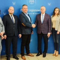 Podpisano umowę na projekt budynku LO w Stanisławowie Pierwszym