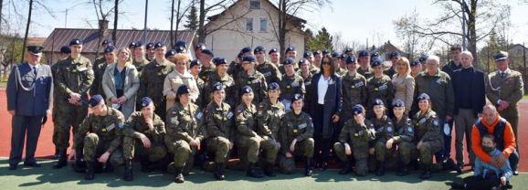 Uroczyste pożegnanie Kadetów klas III w I LO PUL im. 111 Eskadry Myśliwskiej w Wołominie