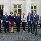 Prof. Magdalena Gawin z wizytą w Pałacu w Dębinkach
