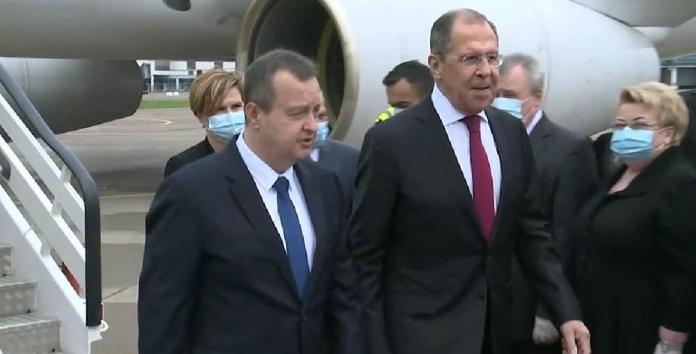 LAVROV STIGAO U BEOGRAD: Evo kako je dočekan šef ruske diplomatije 1