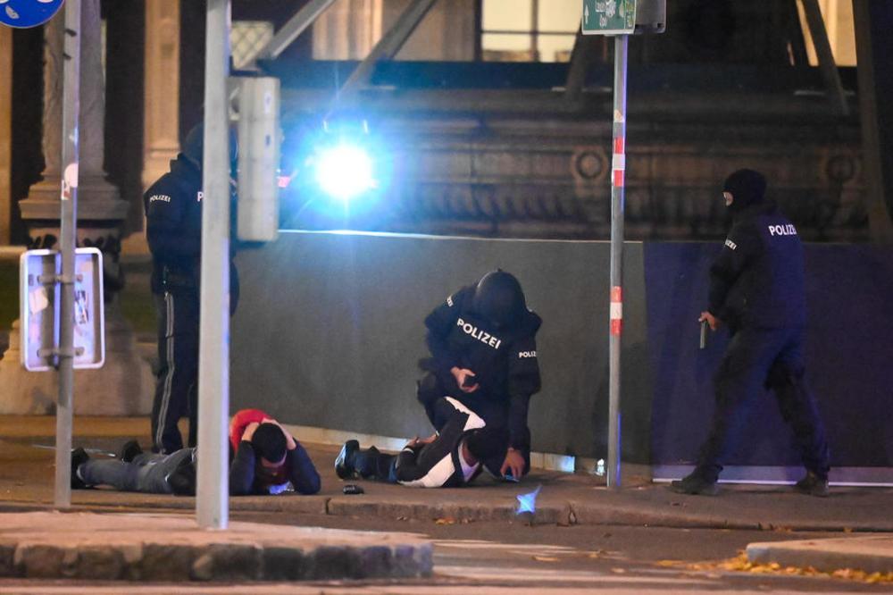 ОБЈАВЕНИ JИХАДИСТИ: Еве ја наводната причина за терористичкиот напад во Виена