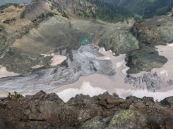 The Sarvant Glacier, about 800' felow. The Sarvant Glacier is the only glacier in MRNP that isn't on Mount Rainier itself. Cool!