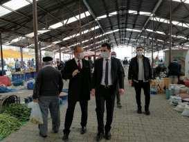 Kaymakam'ımız Sayın İlyas Öztürk ve Belediye Başkanımız Sayın Dt.Şakir Kaymak beraber pazarımızı ziyarette bulundu