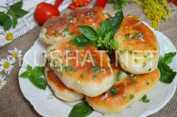 Жареные пирожки с картошкой на кефире. Пошаговый рецепт с ...