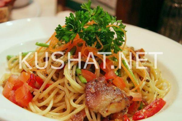Спагетти с мясом и овощами. Рецепт с фото • Кушать нет
