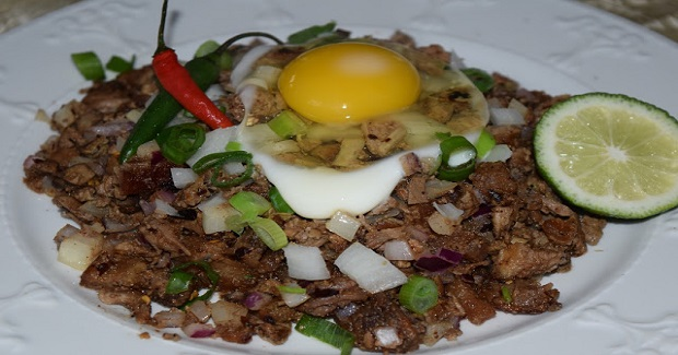 Pork Sisig (Sour And Spicy Chopped Pork Belly, Ears And Liver) Recipe