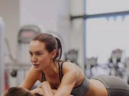 3 Gerakan Couple Workout yang Dapat Menurunkan Berat Badan