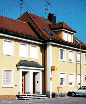 Postgebäude in Kutzenhausen - 1981